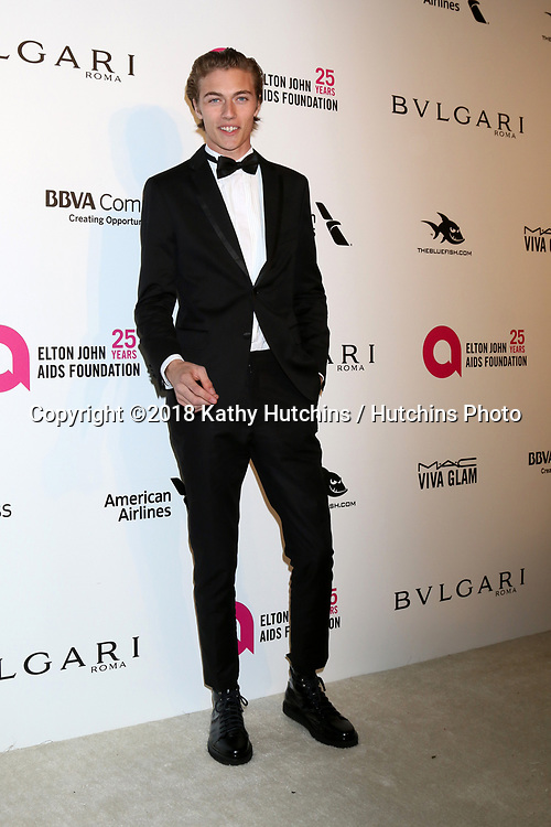 LOS ANGELES - MAR 4:  Lucky Blue Smith at the 2018 Elton John AIDS Foundation Oscar Viewing Party at the West Hollywood Park on March 4, 2018 in West Hollywood, CA