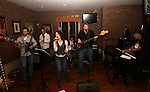 10.16.2010 the movers @ red oak grille