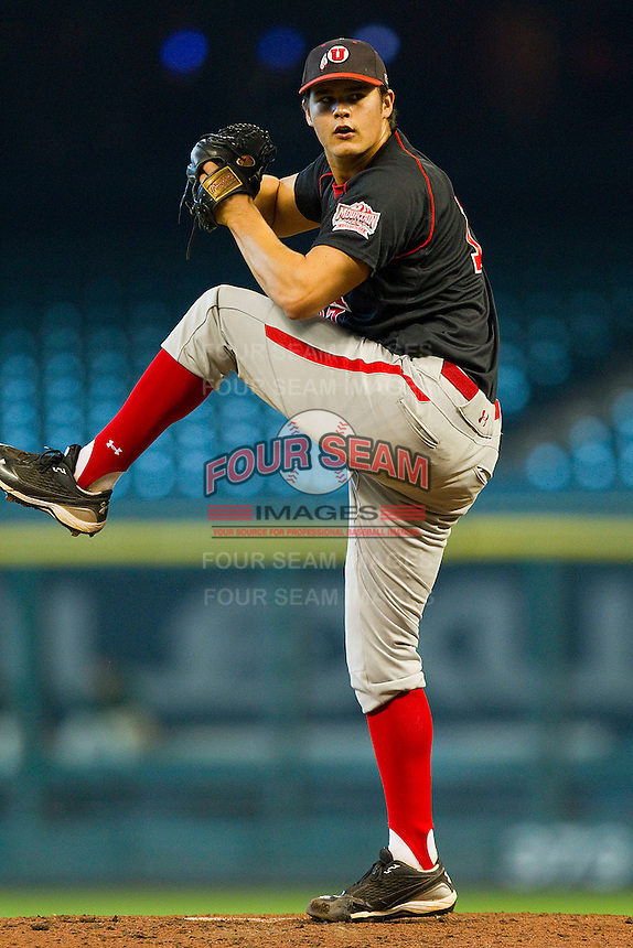 Relief pitcher Ben Mordini #17 of the Utah Utes in action against the Baylor Bears at Minute Maid Park on March 5, 2011 in Houston, Texas.  Photo by Brian Westerholt / Four Seam Images