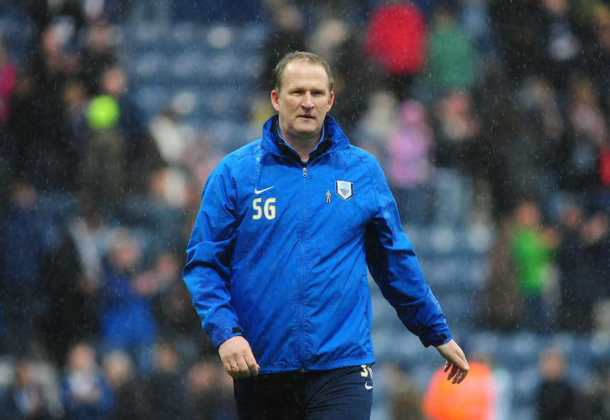 Preston North End's Manager Simon Grayson <br /> <br /> Photographer Chris Vaughan/CameraSport<br /> <br /> Football - The Football League Sky Bet League One Play-Off First Leg - Preston North End v Rotherham United - Saturday 10th May 2014 - Deepdale - Preston<br /> <br /> &copy; CameraSport - 43 Linden Ave. Countesthorpe. Leicester. England. LE8 5PG - Tel: +44 (0) 116 277 4147 - admin@camerasport.com - www.camerasport.com