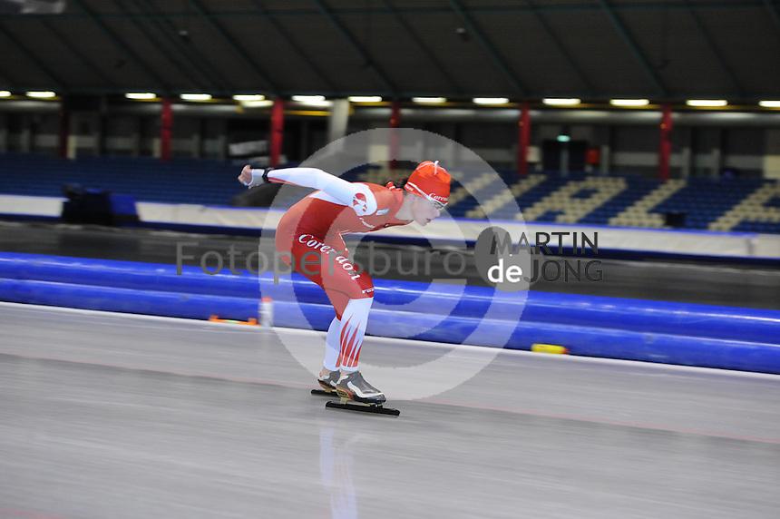 SCHAATSEN: HEERENVEEN: 25-06-2014, IJsstadion Thialf, Zomerijs training, Marrit Leenstra, ©foto Martin de Jong