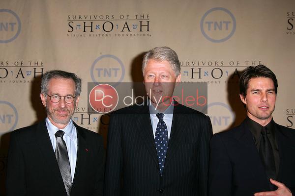 Steven Spielberg, President William Jefferson Clinton and Tom Cruise