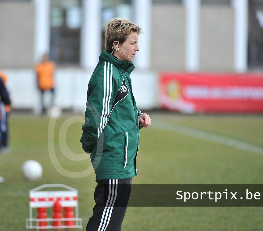 Switzerland U19 - France U19 : Virginie Derouaux (BEL) .foto DAVID CATRY / Nikonpro.be