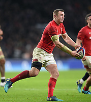 Hadleigh Parkes of Wales passes the ball. Natwest 6 Nations match between England and Wales on February 10, 2018 at Twickenham Stadium in London, England. Photo by: Patrick Khachfe / Onside Images