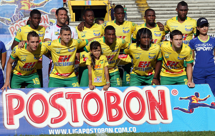 NEIVA -COLOMBIA- 6-SEPTIEMBRE-2014.Formacion del Atletico Huila  contra Millonarios<br />  partido por la fecha 8 de la Liga Postobón II 2014 jugado en el estadio Guillermo Plazas Alcid de la ciudad de Neiva ./ Team  of Atletico Huila  during the match against Millonarios   for the 8th date of the Postobon League II 2014 played at Guillermo Plazas Alcid  stadium in Neiva city.Photo / VizzorImage / Andrew Indell / Stringer