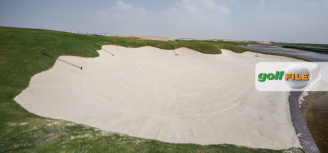 View of the 6th green beach bunkers at Al Zorah Golf Club, Dubai, United Arab Emirates.  26/01/2016. Picture: Golffile   David Lloyd<br /> <br /> All photos usage must carry mandatory copyright credit (&copy; Golffile   David Lloyd)