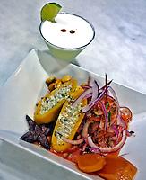 Bebida pisco e matrimonio, de prato da culinaria tipica peruana. Foto de Marcia Minillo.