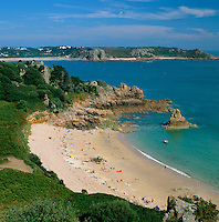 Great Britain, England, Channel Islands, Jersey: Beauport Beach on the south coast | Grossbritannien, England, Kanalinseln, Jersey, Beauport Beach an der Suedkueste