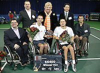 19-11-06,Amsterdam, Tennis, Wheelchair Masters, winner Robin Ammerlaan and runner up Shingo Kunieda with the officials at the prize giving