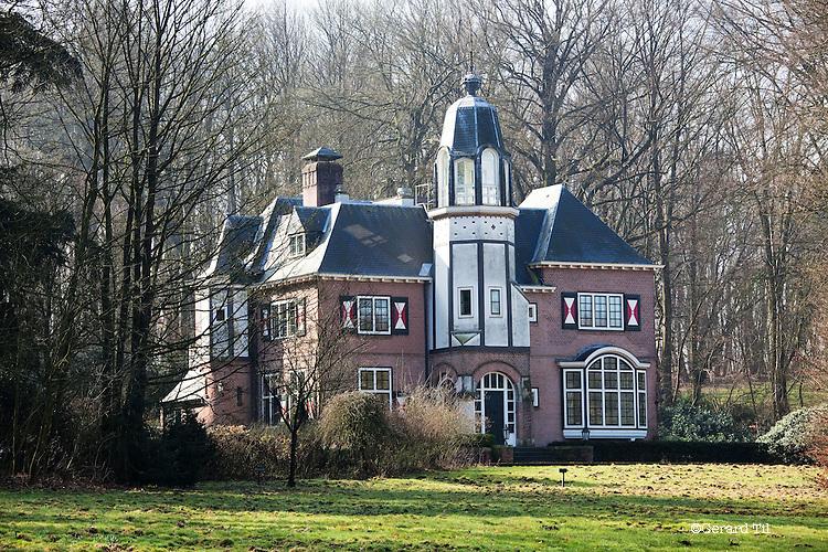 Nederland, Berg en Dal (Groesbeek) 14-03-2012  Kasteeltje van John Deuss . FOTO: Gerard Til
