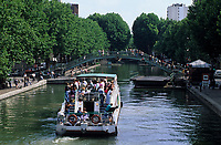 Europe/France/Ile-de-France/75010/Paris : Promenade en bateau sur le canal Saint-Martin
