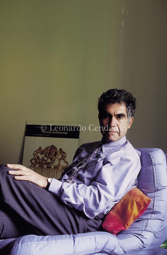 1990: CARLO GINZBURG © Leonardo Cendamo