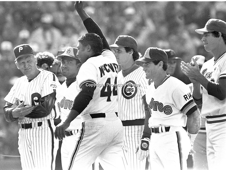 San Francisco Giants Willie McCovey waves as he is introduced along with NL players at the 1984 All-Star game. (photo/Ron Riesterer)