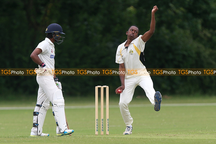 J Francis in bowling action for Gidea Park during Gidea Park and Romford CC vs Harold Wood CC, Shepherd Neame Essex League Cricket at Gidea Park Sports Ground on 1st July 2017