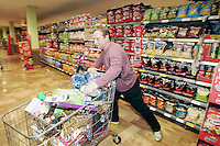 09/06/14<br /> (NO FEE PICS)Supermarket dash prize winner Herbie Birch pictured at Dunnes Stores ,Donaghmede where he took part in the challenge to fill  as many trollies as possible&hellip;.<br /> Collins Photos