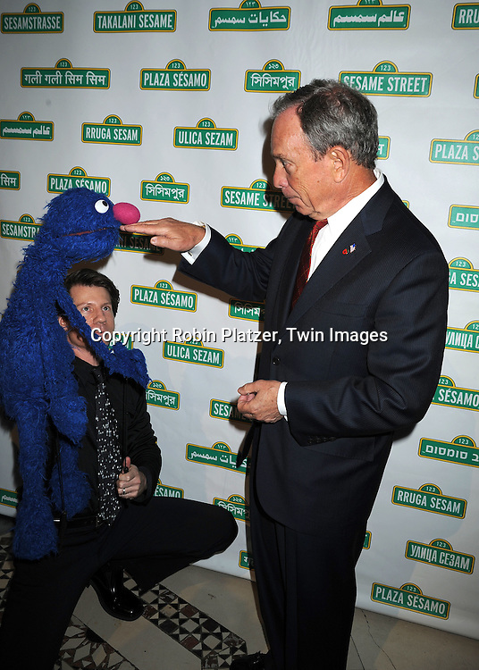 Groover and Mayor Michael Bloomberg