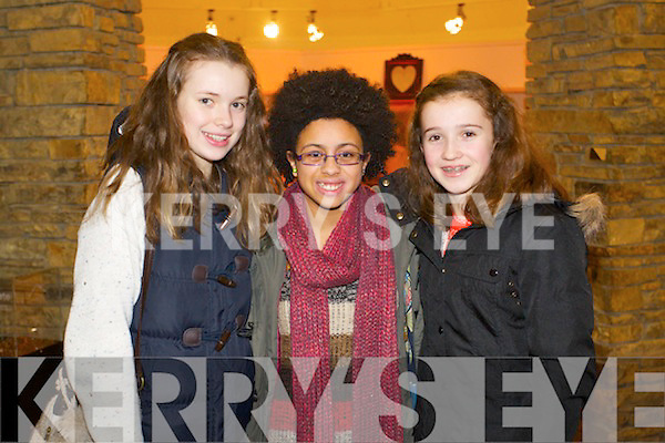 Pictured at Mounthawk School Play at Siamsa Tire on Thursday last were l-r:  Maeve Buckley Sophie Byrne and Emma Ryan..