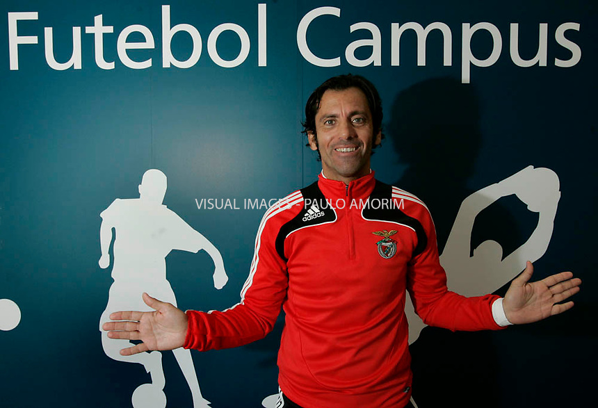 S.L. Benfica´s coch spanish Quique Sanchez Flores pose for the pictures during interview for Don Balom at Futebol Campus in Seixal,Portugal on 17 Dezember 2008.