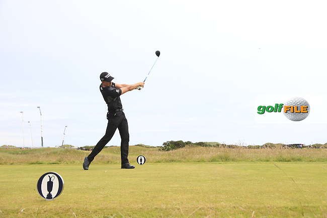 Henrik STENSON (SWE) tees off the 15th tee during Monday's Final Round of the 144th Open Championship, St Andrews Old Course, St Andrews, Fife, Scotland. 20/07/2015.<br /> Picture Eoin Clarke, www.golffile.ie