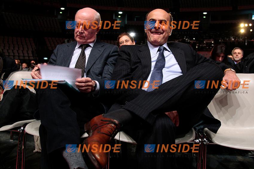 Pier Luigi Bersani e Bruno Tabacci.Roma 25/01/2013 Palalottomatica. Conferenza di Programma della CGIL in previsione delle elezioni politiche 2013..Photo Samantha Zucchi Insidefoto