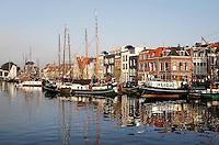 Leiden- Schepen in het Galgewater