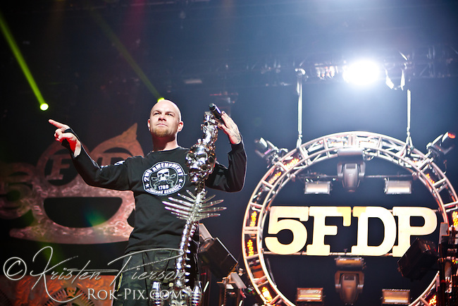 5FDP perform at Mohegan Sun Arena September 28 2014