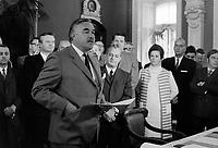 Le Premier Ministre de l'Ontario, John Roberts et le Premier Ministre du Quebec Jean-Jacques Bertrand<br /> le 4 juin 1969, a  l'Assemblee Nationale<br /> <br /> Photo : Photo Moderne -  © Agence Quebec Presse