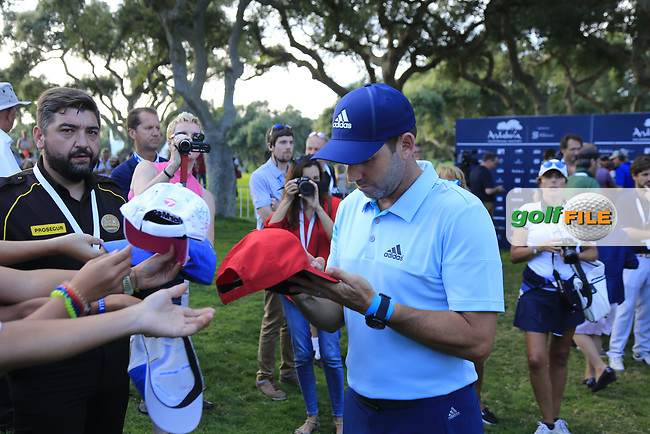 Overnight leader Sergio Garcia (ESP) signs autographs for fans after Saturday's Round 3 of the 2017 Valderrama Masters hosted be Fundacion Sergio Garcia, held at Real Club Valderrama, Sotogrande, Andalucia, Spain. 21st October 2017.<br /> Picture: Eoin Clarke | Golffile<br /> <br /> <br /> All photos usage must carry mandatory copyright credit (&copy; Golffile | Eoin Clarke)