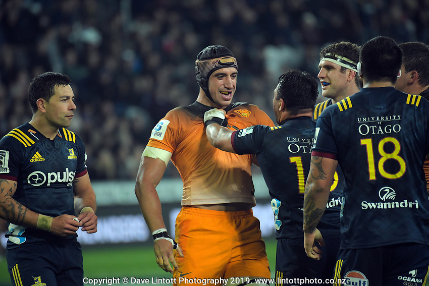 Tomas Lavanini gets to know Ash Dixon better during the Super Rugby match between the Highlanders and Jaguares at Forsyth Barr Stadium in Dunedin, New Zealand on Saturday, 11 May 2019. Photo: Dave Lintott / lintottphoto.co.nz