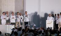 CARTAGENA- COLOMBIA -26-09-2016: Juan Manuel Santos (Izq), Presidente de Colombia y Rodrigo Londoño (Der), Comandante de las Fuerzas Armadas Revolucionarias de Colombia Ejercito del Pueblo, durante la firma del acuerdo de Paz entre el gobierno de Colombia y la guerrilla de izquierda de las Fuerzas Armadas Revolucionarias de Colombia Ejercito del Pueblo (FARC EP) / Juan Manuel Santos (L), President of Colombia and Rodrigo Londoño (R), Commander of the Revolutionary Armed Forces of Colombia People's Army, during the signing of the peace agreement between the government of Colombia and leftist guerrillas of the Revolutionary Armed Forces of Colombia People's Army (FARC EP) Photo: VizzorImage / Ivan Valencia / Cont.