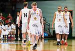 S&ouml;dert&auml;lje 2015-10-01 Basket Basketligan S&ouml;dert&auml;lje Kings - Uppsala Basket :  <br /> Uppsalas Axel Nordstr&ouml;m deppar med lagkamrater under matchen mellan S&ouml;dert&auml;lje Kings och Uppsala Basket <br /> (Foto: Kenta J&ouml;nsson) Nyckelord:  Basket Basketligan S&ouml;dert&auml;lje Kings SBBK T&auml;ljehallen Uppsala Seriepremi&auml;r Premi&auml;r depp besviken besvikelse sorg ledsen deppig nedst&auml;md uppgiven sad disappointment disappointed dejected