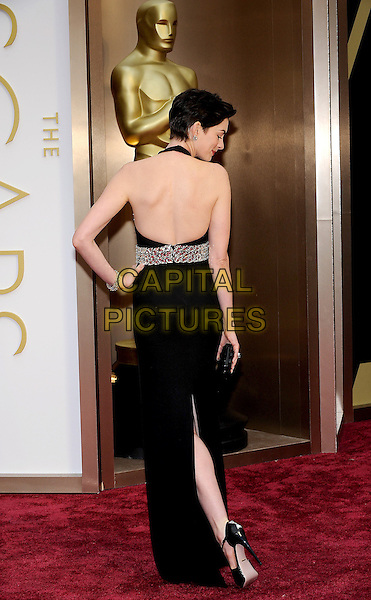 HOLLYWOOD, CA - MARCH 2: Anne Hathaway arriving to the 2014 Oscars at the Hollywood and Highland Center in Hollywood, California. March 2, 2014. <br /> CAP/MPI/COR99<br /> &copy;COR99/MediaPunch/Capital Pictures
