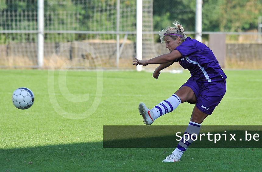 Beerschot Dames - STVV  Sint-Truiden VV Dames :.Katrien Van Rooy.foto JOKE VUYLSTEKE / Vrouwenteam.be