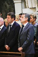 Nice le 15 Juillet 2016 Promenade des Anglais le lieu de l attentat perpÈtrer hier soir juste apres le feu d artifice du 14 Juillet dans la Cathedrale Sainte Reparate Vieux Nice Pour la Messe en homages aux victimes Christian Estrosi PrÈsident du conseil rÈgional de Provence-Alpes-CÙte d'Azur Nicolas Sarkozy
