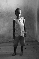 Orfani per colpa di Ebola nella foto Mabinty Fofanah 5 anni ha perso dodici familari tra cui la mamma e il pap&agrave; Villaggio di Kontabana 29/03/2016 foto Matteo Biatta<br /> <br /> Orphanes for guilt of Ebola in the picture Mabinty Fofanah 5 years old lost twelve relativies including mother and father Kontabana Village 29/03/2016 photo by Matteo Biatta