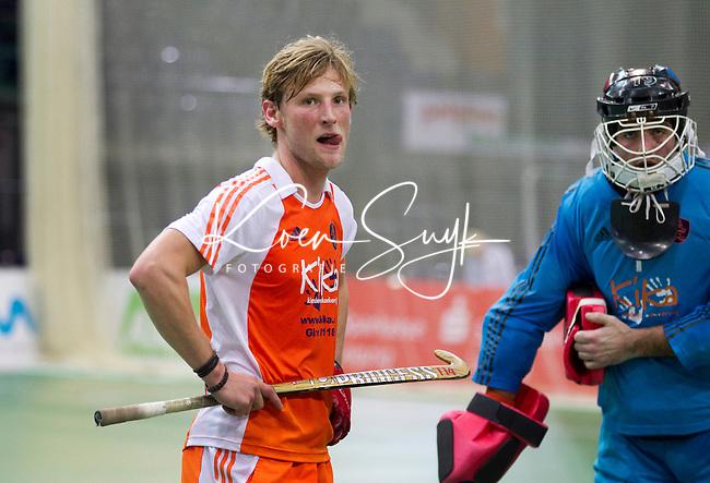 LEIPZIG -  Teleurstelling bij Robert Tigges en Laurens Goedegebuure vrijdag na de wedstrijd tussen Nederland en Rusland (2-3) bij het EK Zaalhockey in Leipzig.  ANP KOEN SUYK