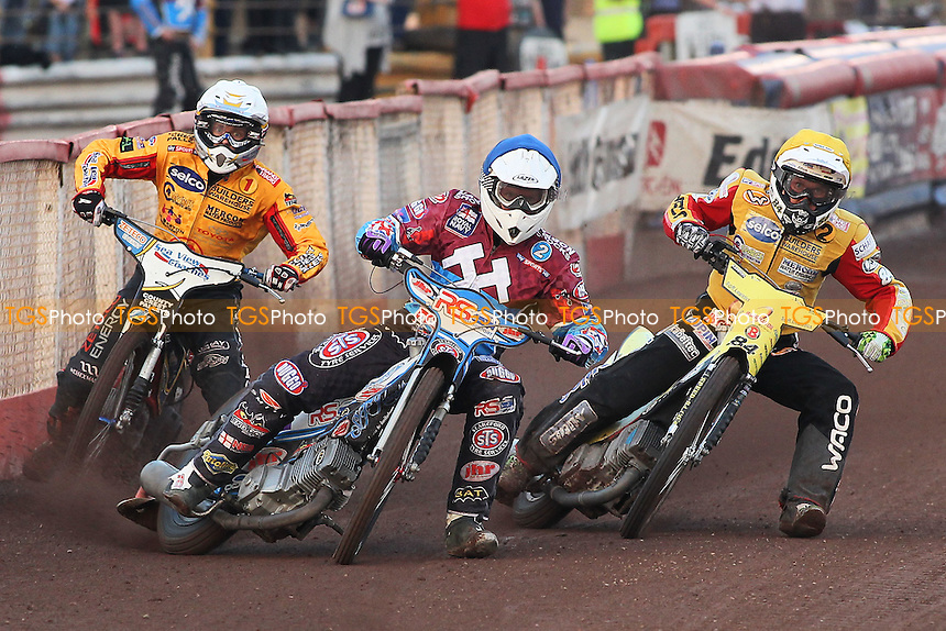 Heat 1: Stuart Robson (blue) ahead of Bjarne Pedersen (white) and Martin Smolinski - Lakeside Hammers vs Birmingham Brummies - Sky Sports Elite League Speedway at Arena Essex Raceway, Purfleet - 10/08/12 - MANDATORY CREDIT: Gavin Ellis/TGSPHOTO - Self billing applies where appropriate - 0845 094 6026 - contact@tgsphoto.co.uk - NO UNPAID USE.
