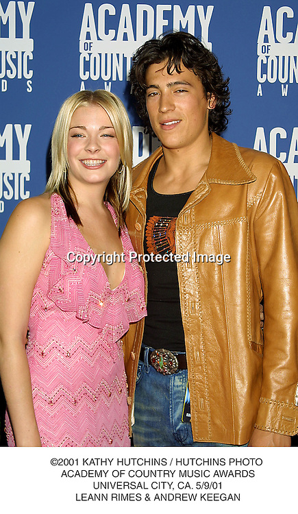 ©2001 KATHY HUTCHINS / HUTCHINS PHOTO .ACADEMY OF COUNTRY MUSIC AWARDS.UNIVERSAL CITY, CA. 5/9/01.LEANN RIMES & ANDREW KEEGAN