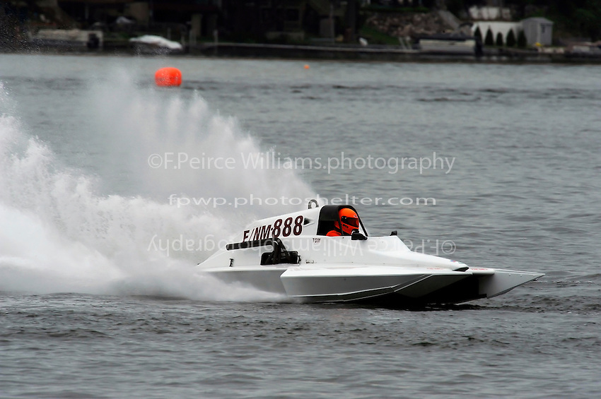 13-14 June, 2009, APBA Inboards, Walled Lake, Novi, MI. USA.Mike Casin, E-888, 5 Litre hydroplane.©F. Peirce Williams 2009 USA.F.Peirce Williams.photography.ref: RAW (.NEF) File Available