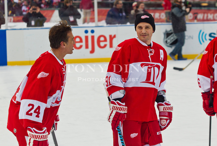 NHL: DEC 31 Maple Leafs v Red Wings Alumni Showdown | Tony ...