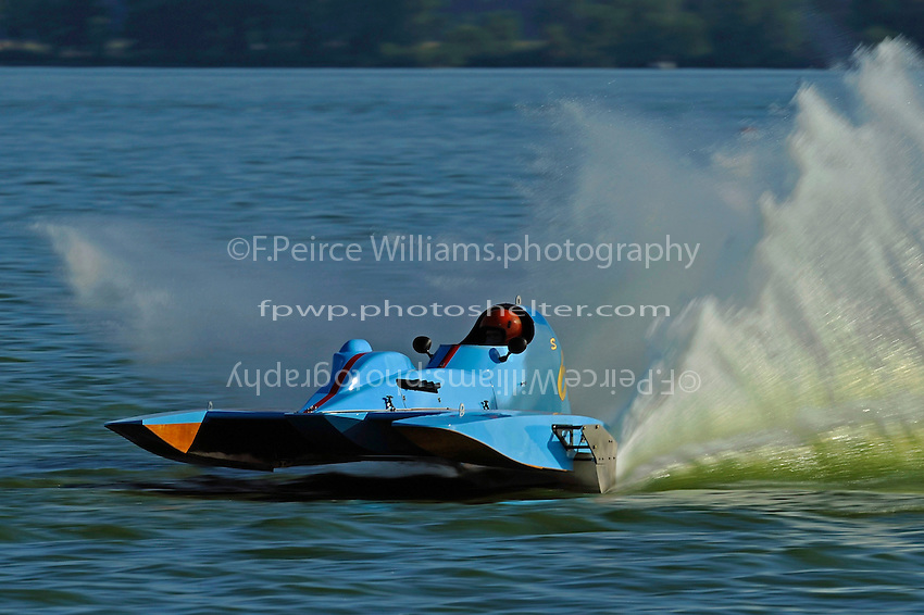 "Kevin Kreitzer, S-67 ""Impossible Dream""   (2.5 Litre Stock hydroplane(s)"