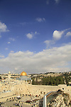 Israel, Jerusalem Old City, a view of the Western Wall and the Dome of the Rock