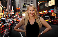Australian expat Karen Jacobsen has been living in New York for 10 years whilst launching her singing career, but has found fame as the voice of portable GPS navigators, giving drivers vital directions.