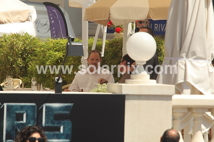 **ALL ROUND PICTURES FROM SOLARPIX.COM**.**WORLDWIDE SYNDICATION RIGHTS**.Harvey Weinstein and Quentin Tarantino having lunch at the Carlton hotel Cannes during the 62nd International Cannes Film Festival. Cannes, France. 17 May 2009..This pic: Harvey Weinstein and Quentin Tarantino..JOB REF: 9026 MSR    DATE: 17_05_2009.**MUST CREDIT SOLARPIX.COM OR DOUBLE FEE WILL BE CHARGED**.**ONLINE USAGE FEE GBP 50.00 PER PICTURE - NOTIFICATION OF USAGE TO PHOTO @ SOLARPIX.COM**.**CALL SOLARPIX : +34 952 811 768 or LOW RATE FROM UK 0844 617 7637**