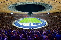Fussball Berlin 29.09.2018 Saison 2018 / 2018 1. Bundesliga / DFL Hertha BSC Berlin - FC Bayern M¸nchen ausverkauftes Berliner Olympiastadion Sportst‰tte Hertha Fans Gem‰fl den Vorgaben der DFL Deutsche Fuflball Liga ist es untersagt, in dem Stadion und/oder vom Spiel angefertigte Fotoaufnahmen in Form von Sequenzbildern und/oder video‰hnlichen Fotostrecken zu verwerten bzw. verwerten zu lassen. // DFL regulations prohibit any use of photographs as image sequences and/or quasi-video *** Soccer Berlin 29 09 2018 Season 2018 2018 1 Bundesliga DFL Hertha BSC Berlin FC Bayern Munich sold out Olympic Stadium in Berlin Sport Venue Hertha Fans According to the requirements of the DFL German Football League, it is prohibited to take photos in the stadium and / or from the game in the form of sequence pictures and / or video-like footage To use or exploit photo series DFL regulations prohibit any use of photographs as image sequences and or quasi video  <br /> Bundesliga<br /> Foto Imago/Insidefoto <br /> ITALY ONLY