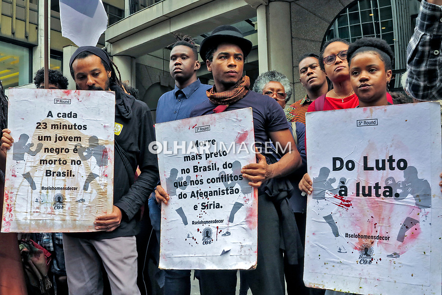 Manifestacao ato publico contra o genocídio do povo negro. Avenida Paulista. Sao Paulo. 2019. Foto de Marcia Minillo