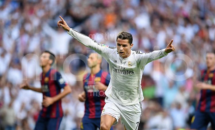 FUSSBALL  INTERNATIONAL  PRIMERA DIVISION  SAISON 2014/2015    9. Spieltag   El Clasico   Real Madrid  - FC Barcelona        25.10.2014 JUBEL REal; Torschuetze zum 1-1 Ausgleich Cristiano Ronaldo