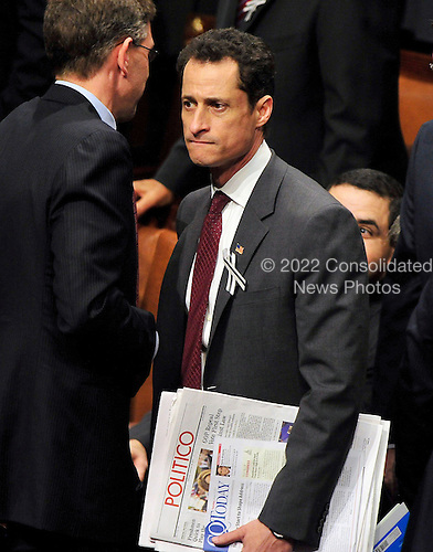 United States Representative Anthony Weiner (Democrat of New York)  on the U.S. House floor prior to U.S. President Barack Obama delivering his State of the Union Address to a Joint Session of Congress in the U.S. Capitol in Washington, D.C. on Tuesday, January 25, 2011..Credit: Ron Sachs / CNP.(RESTRICTION: NO New York or New Jersey Newspapers or newspapers within a 75 mile radius of New York City)