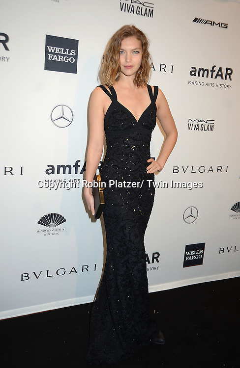 Arizona Muse attends the amfAR New York Gala on February 5, 2014 at Cipriani Wall Street in New York City.