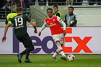 Joe Wilcock (Arsenal London) gegen David Abraham (Eintracht Frankfurt) - 19.09.2019:  Eintracht Frankfurt vs. Arsenal London, UEFA Europa League, Gruppenphase, Commerzbank Arena<br /> DISCLAIMER: DFL regulations prohibit any use of photographs as image sequences and/or quasi-video.